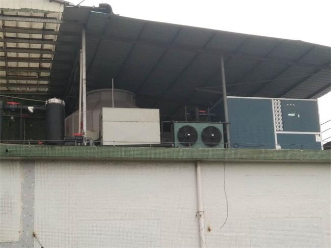 箱型水冷式冷水機 (3).jpg