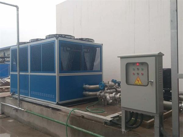风冷螺杆式冷水机 (2).jpg