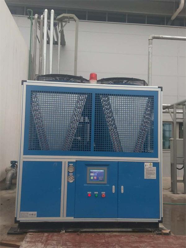 风冷螺杆式冷水机 (3).jpg